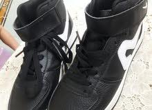 حذاء جديد  مقاس 39 للبيع