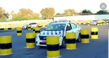 تعليم سياقة السيارات