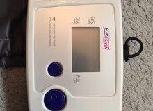 جهاز قياس ضغط الدم الكتروني