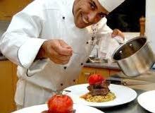 لدينا طباخ خبرة 10 سنوات بالسعودية يجيد الاكلات الخليجية والعربية والهندية