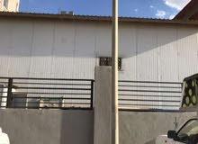 مصنع 300 م للايجار لصناعة المنسوجات