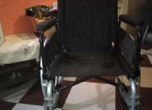 كرسي متحرك استخدم شهرين بنص تمنه