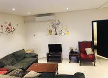 شقة للايجار في الحد الجديد غرفة وصالة شامل الكهرباء والماء 200 دينار فقط