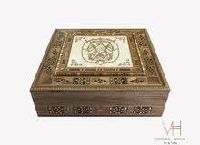 صندوق عالي الجودة من الأخشاب الطبيعية والموزاييك والصدف