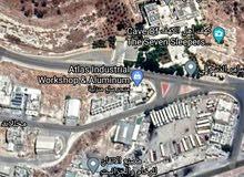 أرض للبيع لقطة 416 م صناعي ثاني أرض عن شارع أهل الكهف مطلة عالشارع الرئيسي