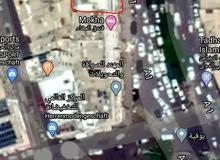 في شارع علي عبدالمغني الرئيسي 6لبن واجهتها كبيره.عرض للمستثمرين الحقيقيين