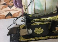 مكينة خياطة نوع ام الفراشة نظيف مضمومة شغلها أوكي سبب البيع عدم الاستخدام