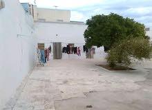 دار عربي للبيع بحمام سوسة تبلغ المساحة 370 م