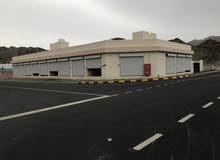 13 محل تجاري صناعي للإيجار مع ارض 500 متر (العامرات/العتكية الصناعية)