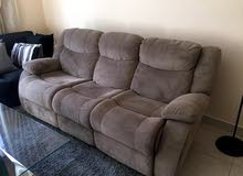 Expandable 3 seater sofa