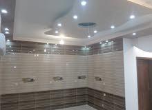 شقة للبيع طابق كامل رواف 110م م تراس مكشوف 40 م ( مصعد )