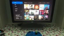 hp monitor 1440-900p and a Xbox one and 4 cd