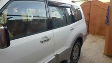 White Mitsubishi Pajero 2005 for sale