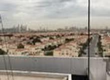 شقة 160م للبيع في برج بقريه الجميرا