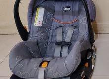 كرسي سيارة للأطفال ماركة شيكو ( ايطالي )
