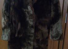 بيع معطف اي بلطو فرو طبيعي اللون بني