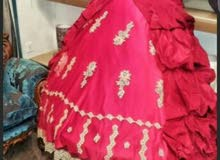 فستان كبير شبه جديد