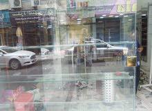 محل للبيع الوسط التجاري الزرقاء شارع السعادة
