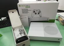 Xbox one s مع Forza horizon . Minecraft