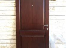 باب خارجي خشب مع الحلق 95x210