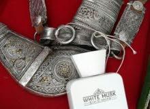 خنجر عمانيه قديمه راس زراف قديم هندي وكلها فضه وبها ذهب خفيف
