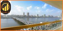 شقة بانوراما بكورنيش المعادى اطلالة النيل و فيو برج القاهرة والاهرام