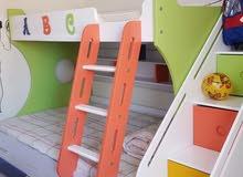 سرير أطفال ثلاثة طوابق مع أدرج للبيع
