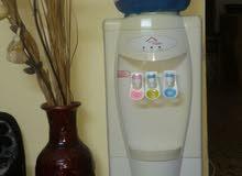 كولر ماء ثلاث حنفيات بارد +وسط +حامي بحاله ممتازه بسعر مغري جرش. .