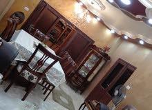 شقة طابق 3 في الزرقاء الجديدة شارع محمد موسى الغويري مساحة 150م