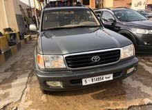 Used condition Toyota Land Cruiser 2003 with  km mileage