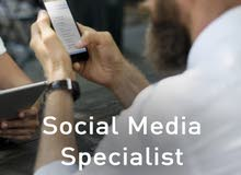 looking for creative Social Media Specialist