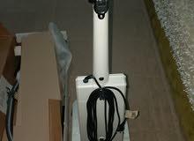 للبيع مكنسة للتنظيف السرميك والسجاد جديده كهرباء 110