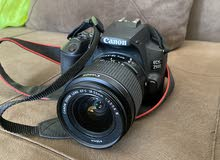 كاميرا كانون 250D مع عدسة 18-55