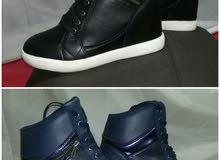2 حذاء كوتشى ( للبيع الجاد )