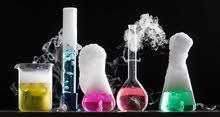 دكتورة صيدلانية ادرس مواد الكيمياء والاحياء جميع المناهج