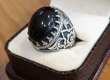 حجر اليسر الطبيعي الاصلي  مصاغ في خاتم فضة عيار 925 بصياغة روعة ومميزة