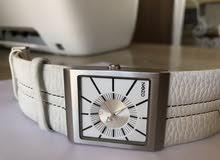 ساعة يابانية اصلي سيرها جلد طبيعي ب 75 الف