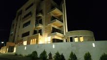شقة 130م سوبر ديلوكس فاخرة للإيجار طابق ثالث، إطلالة خلابة مطلة من جم