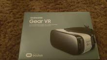 نظارة الواقع الافتراضي لي سامسونج