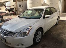 Nissan Altima car for sale 2012 in Farwaniya city