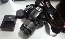 Canon D1100 نظيفة