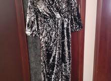 فستان حفلات أستعمال يوم واحد فقط للبيع