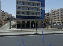 250 دينار  اخر محل تجاري ضمن مجمع على شارع الجامعة الاردنية الرئيسي للايجار من المالك بدون خلو !!