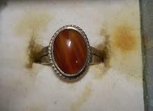 خاتم اصلي نوع الفص عقيق يمني