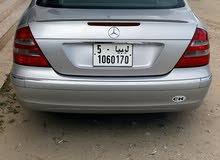 Mercedes Benz E500 car for sale 2005 in Sabratha city