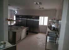 للبيع معدات مطبخ (Catering) طاقة 5,000 وجبة