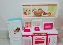 2 مطبخ للاطفال و ثلاجه