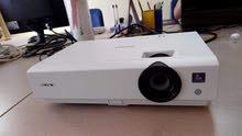 داتا شو وبروجكتر سوني Sony Dx100 اتش دي وفتجي اي وص ص شبه جديد للبيع