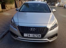 Automatic Grey Hyundai 2016 for sale