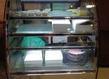 ثلاجة للمحلات والمخابز لعرض الحلويات (ماركة لافازا)